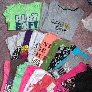 Lot of 20 girls juniors 14/16 tshirts